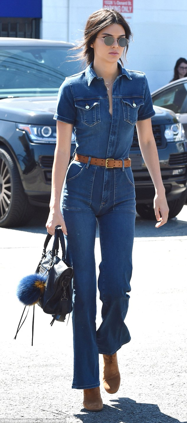 Kendall-jenner-jeans-4