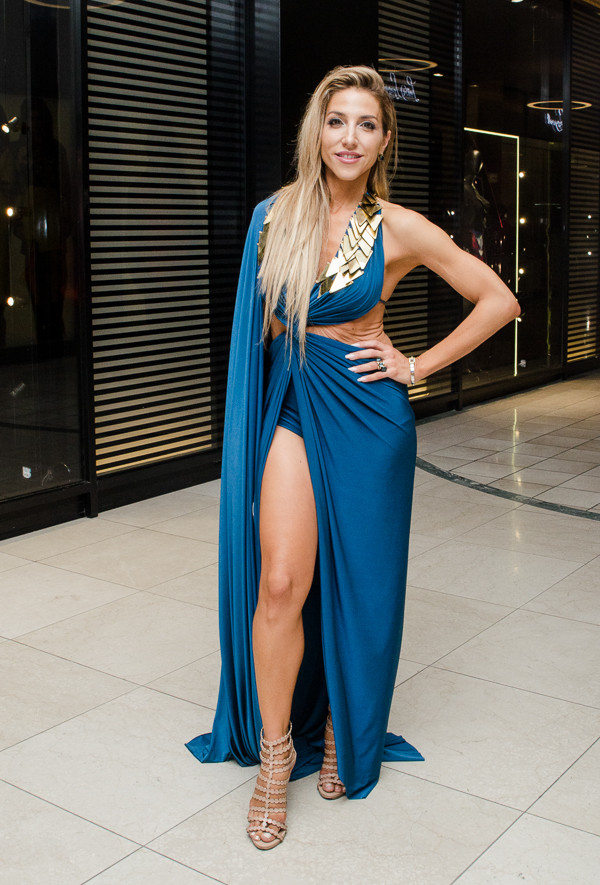 5b08c22e2e How South Africa's Most Stylish Ladies Wear Thigh-High Slit Dress ...