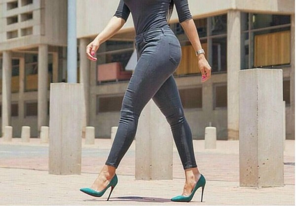 things-not-to-wear-on-university-campus-sky-high-heels-fashion-police-nigeria