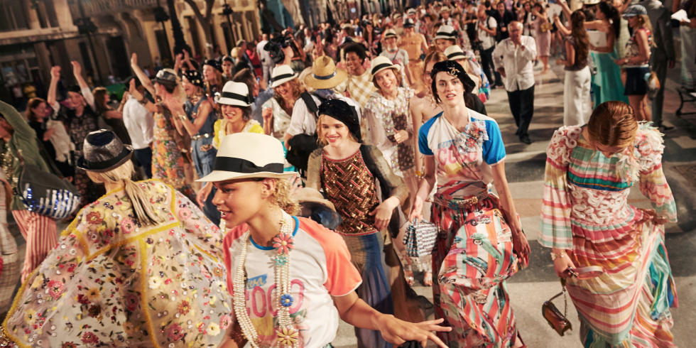 chanel-cruise-fashion-show