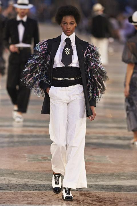 chanel-cuba-runway-show-fashionpolicenigeria-04
