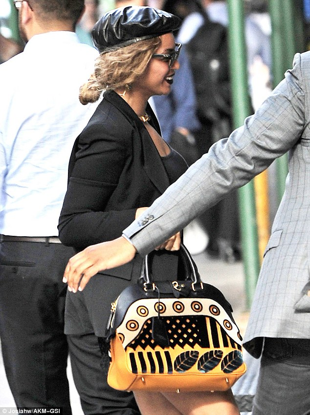 Beyonce-all-black-outfit-fashionPoliceNigeria-1