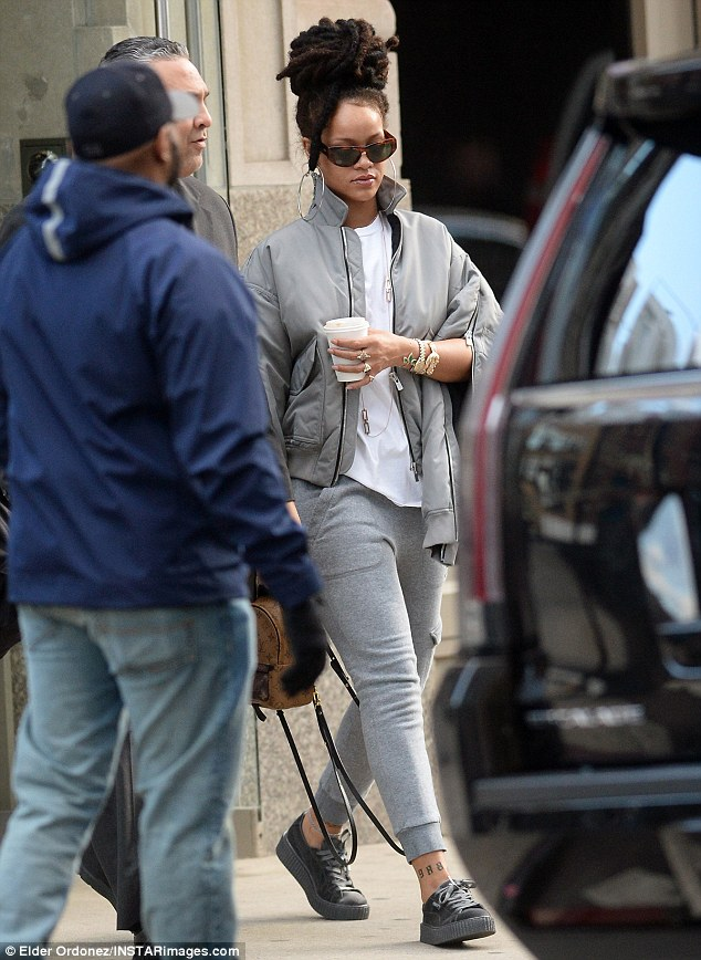 rihanna-all-gray-outfit-fashionpolicenigeria