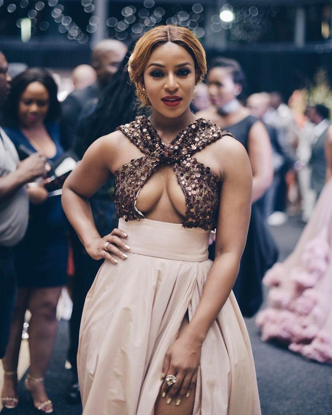Woman Wore A Nude Outfit To Metro FM Award In South Africa