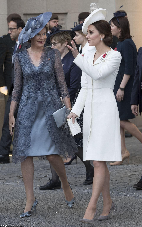 Kate-Alexander-McQueen-coat-Dress-Battle-of-Passchendaele