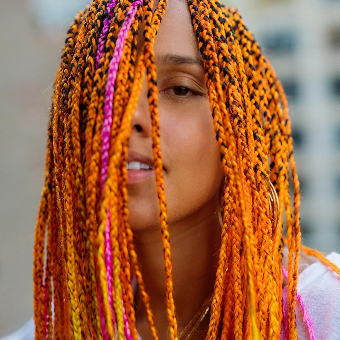 alicia-keys-orange-pink-braids-hairstyle-fashionpolicenigeria