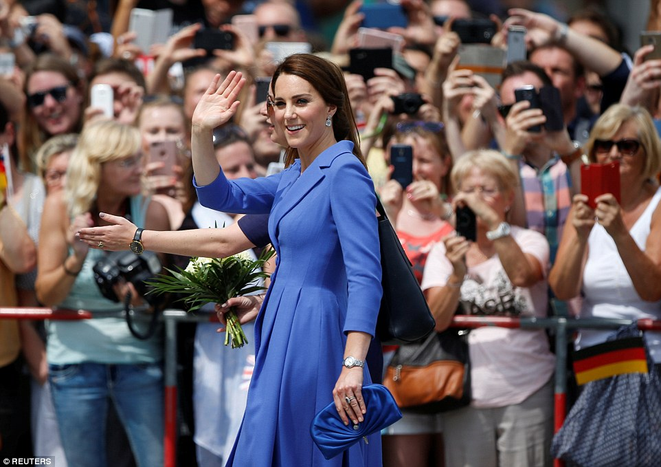 kate-middleton-blue-coat-dress-germany-tour