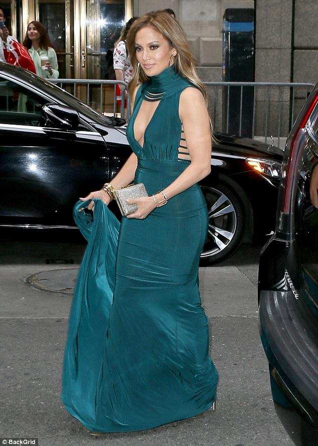 Jennifer-Lopez-Wedding-Guest-Dress