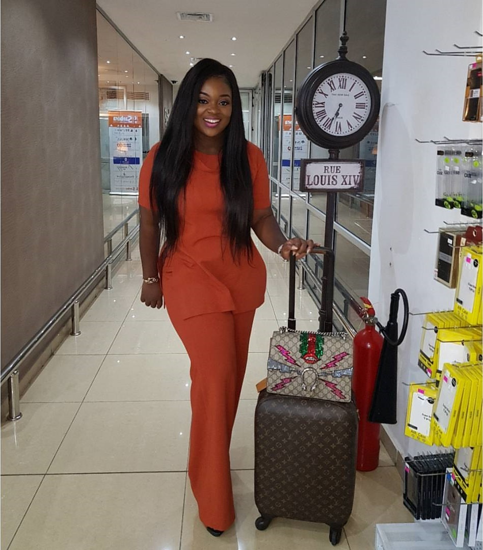 jackie-appiah-gucci-dionysus-GG-supreme-embroidered-designer-bags