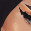 Lightning Bolt Brows Trend