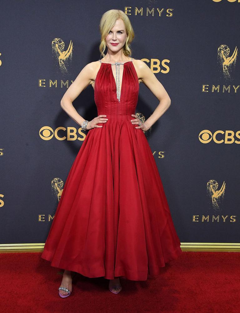 Nicole Kidman Mismatched Shoes Emmys Awards 2017