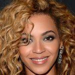 Beyonce Bouncy Curls Hairstyle