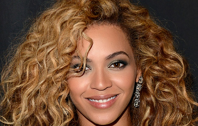 Beyonce Bouncy Curls Hairstyle