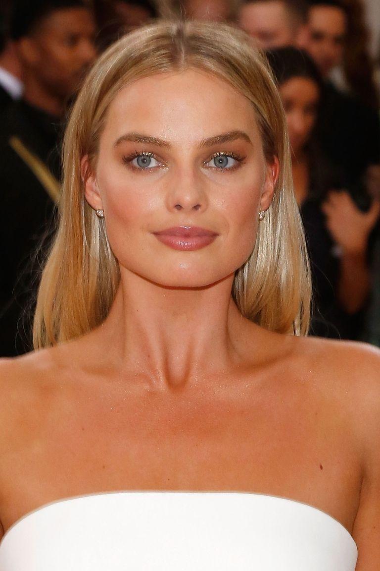Margot Robbie Golden Brow Trend