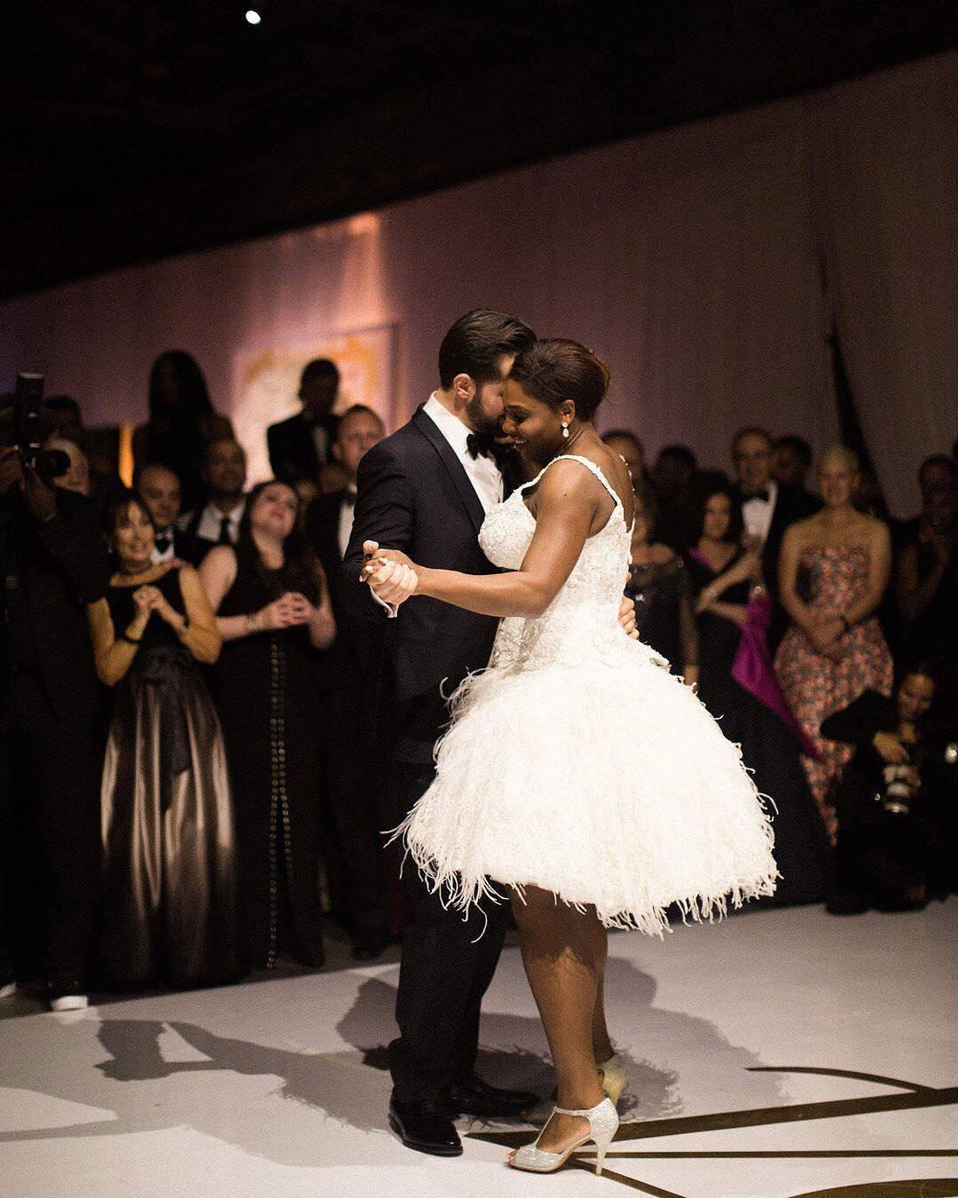 Serena Williams Looks Beautiful In Her Strapless Wedding ...