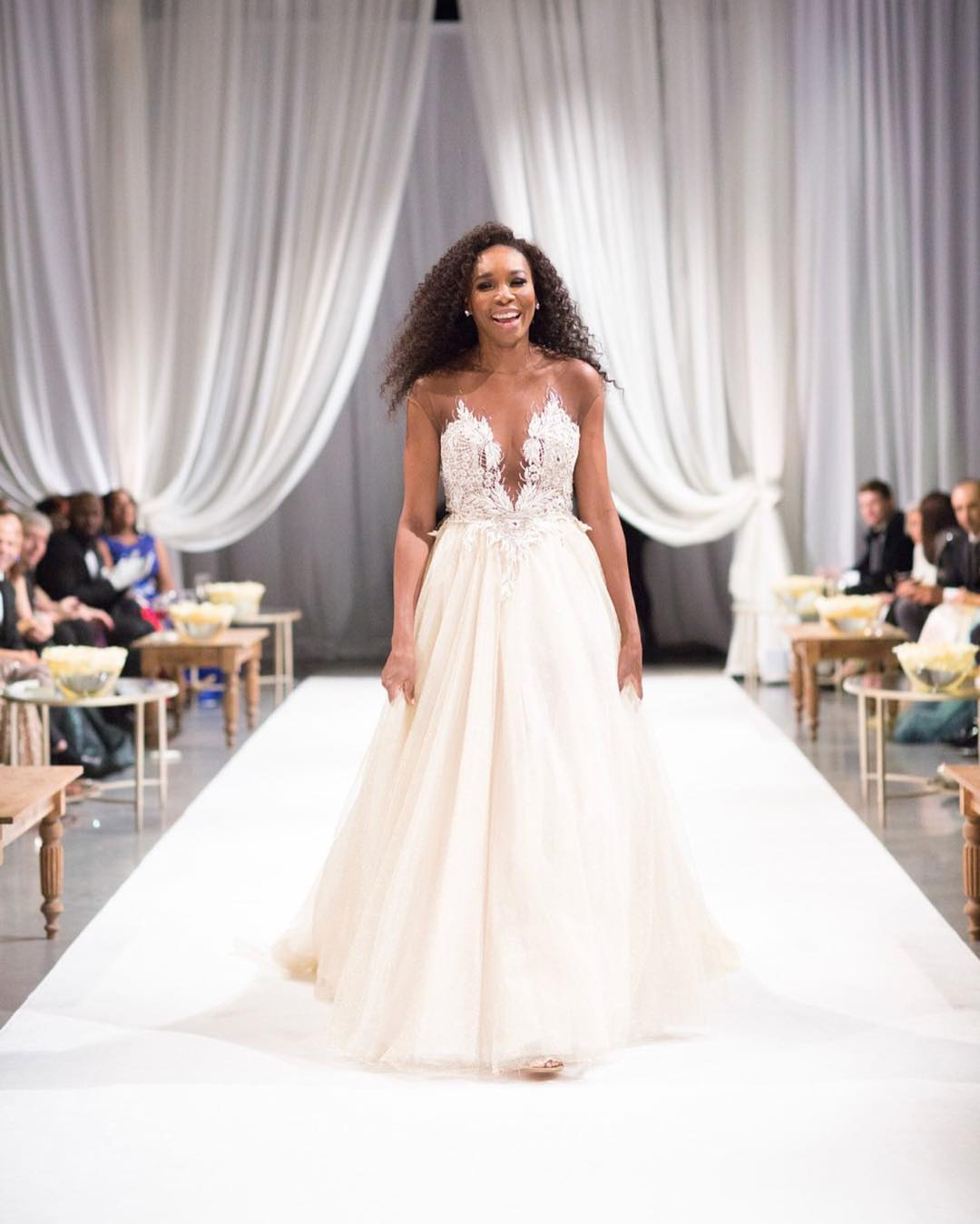 Celebrity style fashion news fashion trends and beauty for Serena williams wedding dress