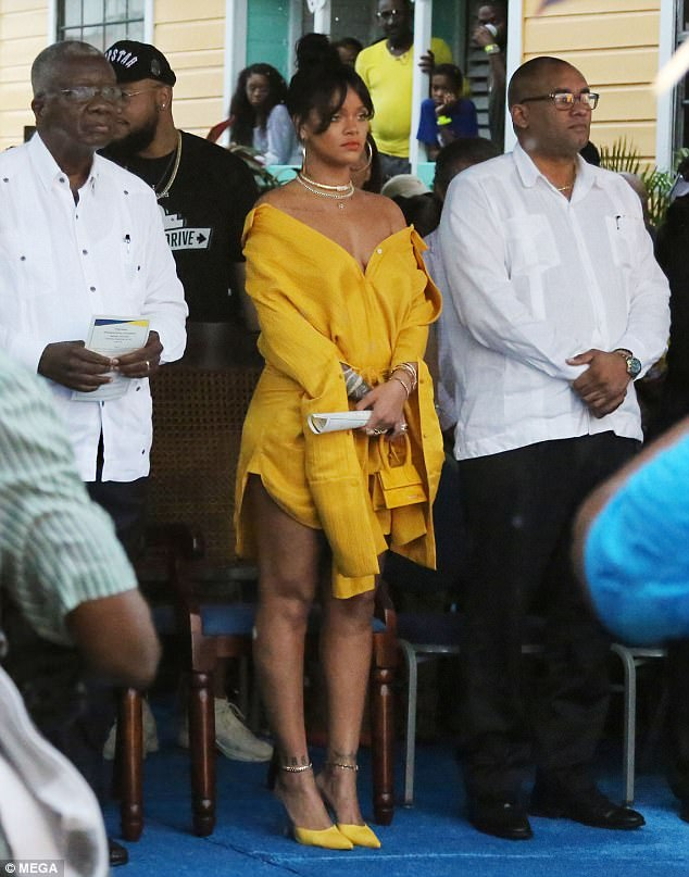 Rihanna Yellow Dress Rihanna Drive Naming Ceremony Barbados