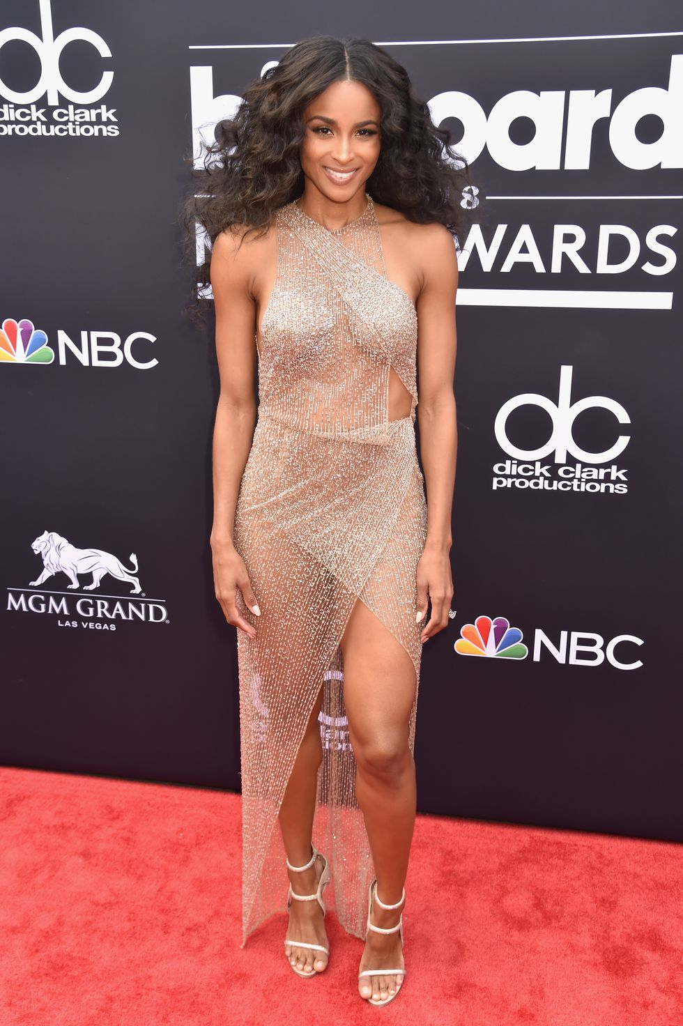 Celebrity Style, Fashion News, Fashion Trends, and Beauty ...