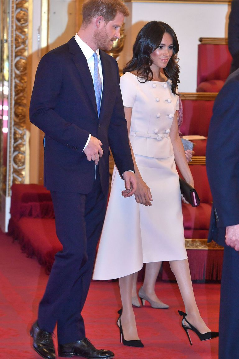 Meghan Markle Outfit Queen's Young Leaders Awards