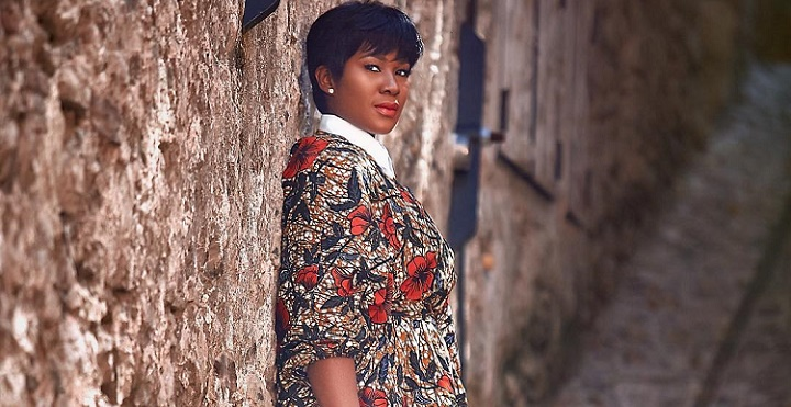 Stephanie Okereke tunic dress Dialoghi in Spoleto event