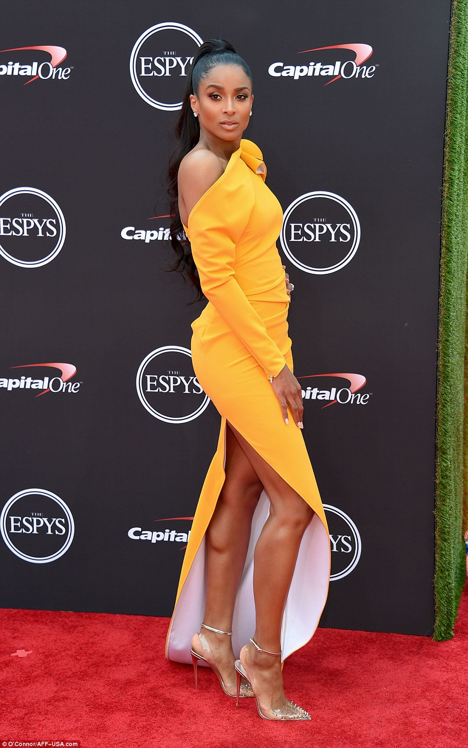 Ciara-Yellow-Gown-ESPY-Awards-Red-Carpet-2018