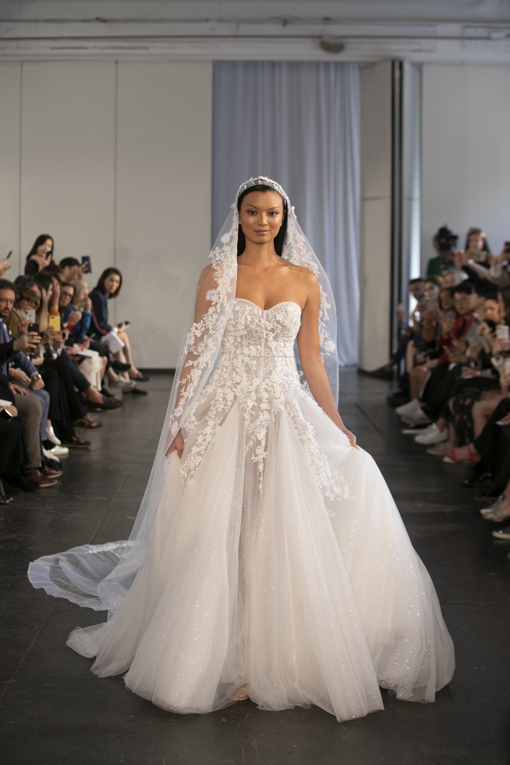 The-Best-Wedding-Gowns-From-Bridal-Week-Fall-2019