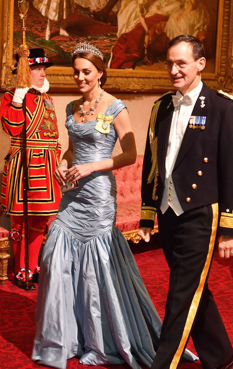kate-middleton-alexander-mcQueen-gown-state-dinner