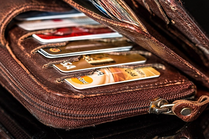 How To Choose The Perfect Men's Wallet