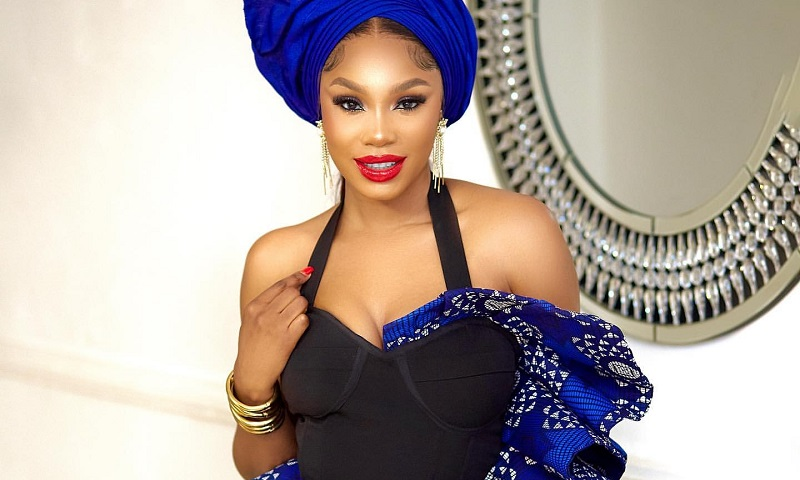 Sharon Ooja Attends Tiwa Savage's Funeral In a Blue Owanbe Traditional Outfit