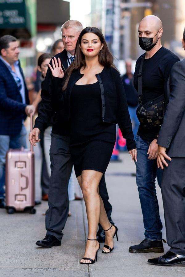 Selena Gomez Little Black Dress