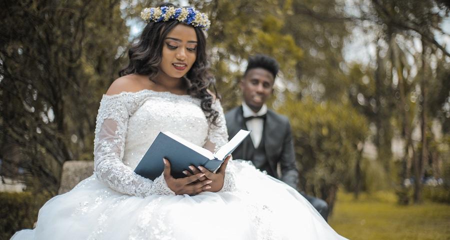 5 Ways To Manage Your Wedding Budget