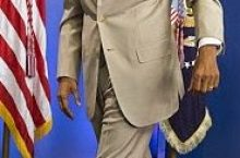 President Obama 'Tan Suit' Caused Rant on Twitter With Hashtag #YesWeTan