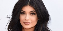 Kylie Jenner Reveals Her Beauty Secret and The Man Behind Her Famous Lips