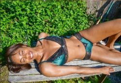 Aimanosi Presents Lustful & Seductive Lingerie Debut Collection