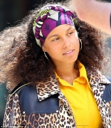 Alicia Keys Continues To Wow Us With Her No-Makeup Pledge