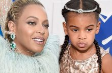 Beyoncé and Blue Ivy In Matching Gold Gowns Are So Adorable