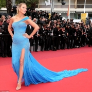 Blake Lively Blue Dress At Cannes Film Festival Will Live You In Awe