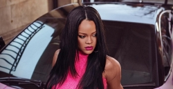 Rihanna Is Dropping A New Fenty Beauty Stunna Lip Paint In Hot Pink Shade