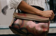 5 Things You Should Look For To Spot Fake Leather Bags When Shopping Online