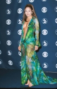 THIS FAMOUS JENNIFER LOPEZ'S VERSACE DRESS IS THE REASON GOOGLE IMAGE SEARCH EXISTS
