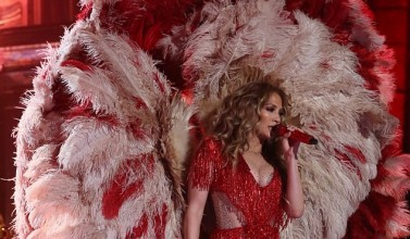 Jennifer Lopez Wore 5 Jaw-Dropping Outfits In One Night At One Voice Concert