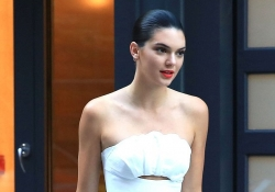 Kendall Jenner Just Made White Outfit Look Pretty Darn Sexy