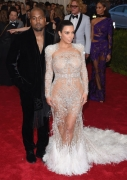 According to Kim Kardashian, These Are Her 6 Best Red Carpet Moments Of 2015