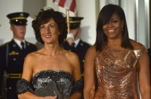 Michelle Obama Just Wore The Most Stunning Chainmail Gown For Her Final State Dinner