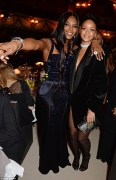 See The Sweetest Note Rihanna Wrote To Naomi Campbell