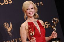 Actress Nicole Kidman Wearing Mismatched Shoes Is Actually What We Should Be Thinking Of