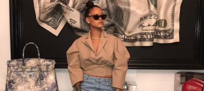 You'll Be Surprised Why Rihanna Wears Oversized Clothes Sometimes