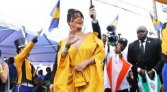 Rihanna Just Made All-Yellow Ensemble Look Insanely Glam