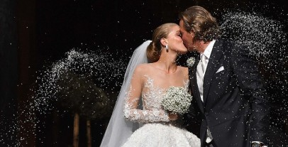 This Bride's Gorgeous Wedding Gown With 500,000 Swarovski Crystals Is All You Need To See Today