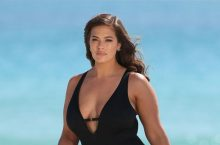 Ashley Graham Used Her Unedited Paparazzi Photos For Her New New Swimwear Campaign